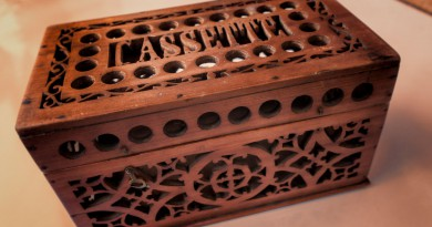Wooden French Treasure Box – Cassette